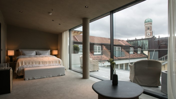 Penthouse Garden Suite, Bayerischer Hof. Vorstellung neu gestalteter Süd- und Nordflügel.