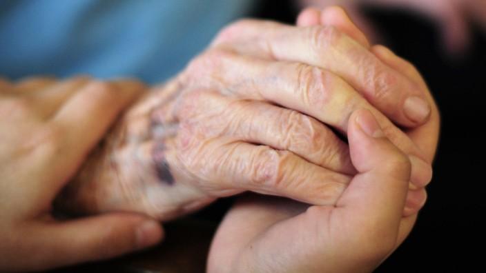 Pflege: Die Situation in Pflegeheimen hat sich laut Studie verschärft.