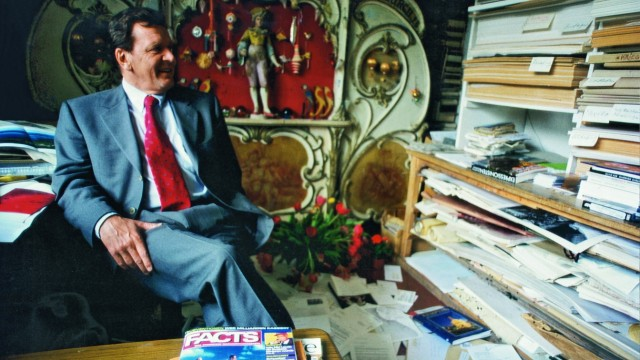 Gerhard Schröder besucht Lothar-Günther Buchheim