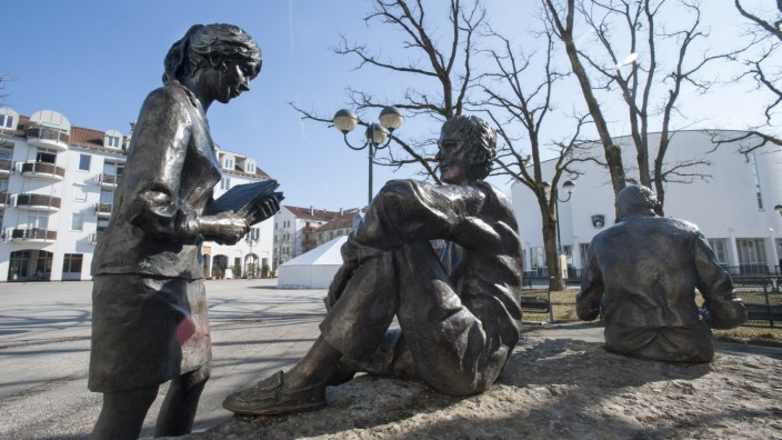 Unterhaching, Rathausplatz