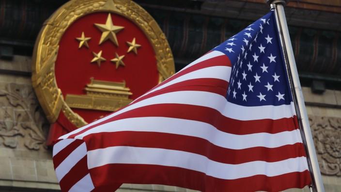 Die amerikanische Flagge wehte beim Besuch von US-Präsidenten Trump im November in Peking.