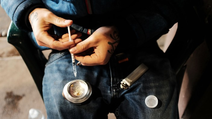 Philadelphia To Open Safe Injection Sites In Effort To Combat City's Heroin Epidemic