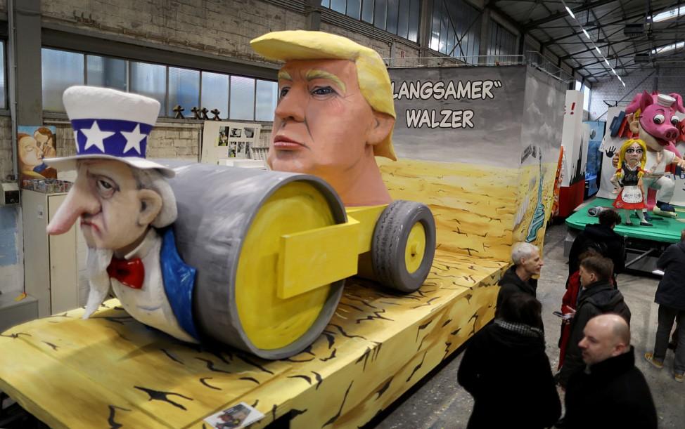 Trump Motivwagen in Köln