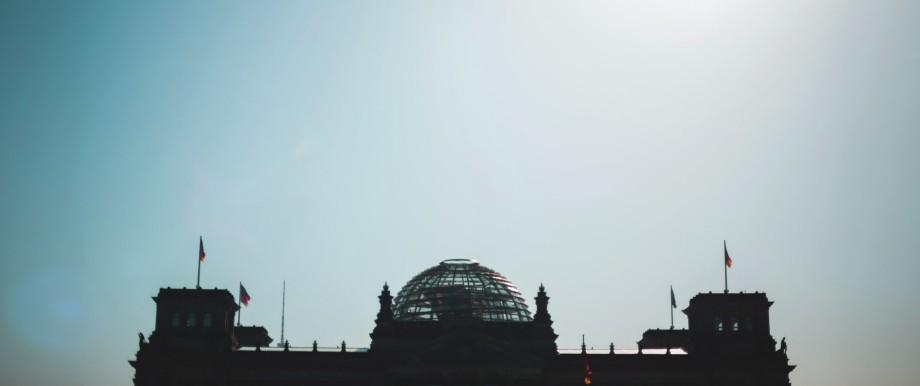 Reichstag im Gegenlicht