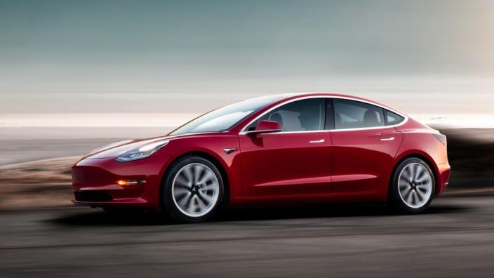 Tesla Model 3 Front Seite
