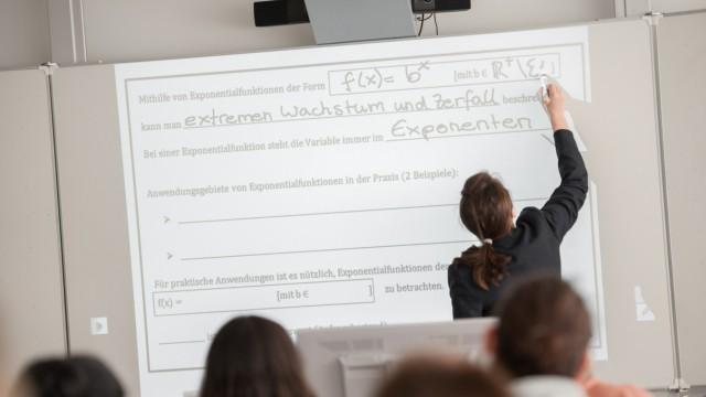 Digitalisierung: So sieht multimediales Unterrichten aus: mit Whiteboards und ganz ohne Kreide.