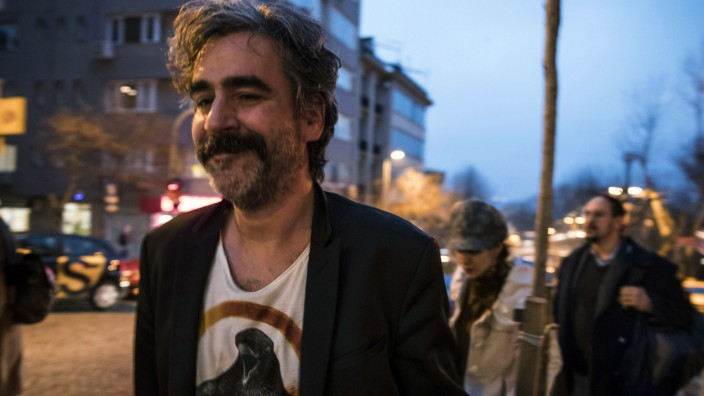 Inhaftierter Journalist Yücel kommt frei
