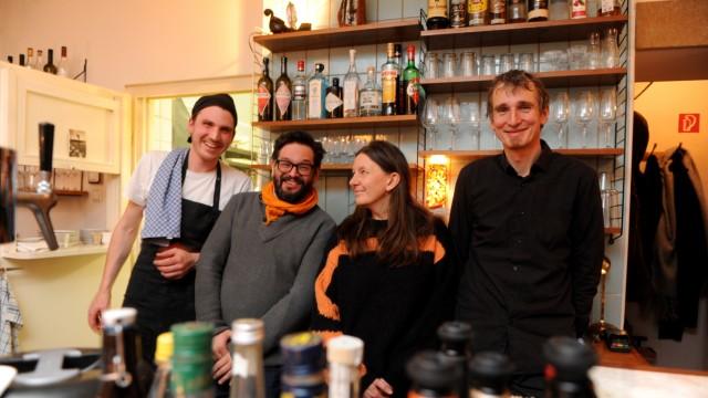 Gourmet Award 2018: Koch Jacob Ebnet setzt um, was sich die Betreiber Daniel Kappla, Christiane Zabler-Jenewein und Jörg Wizigmann (von links nach rechts) wünschen.
