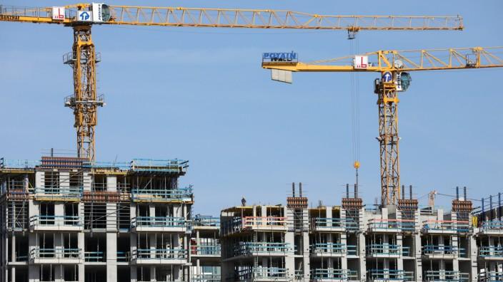 Immobilien: Wohnungsbau an der Elbe in Hamburg.