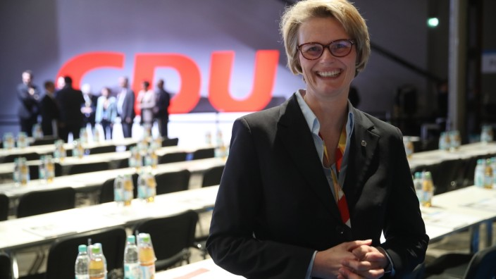 CDU Holds Party Congress, Elects General Secretary
