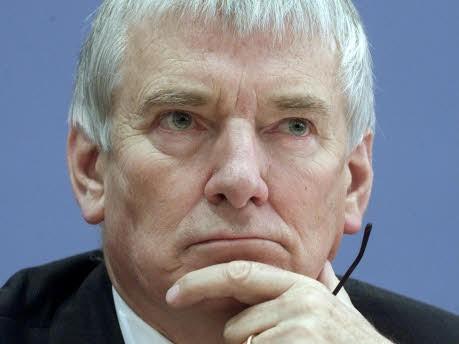 Otto Schily, Reuters