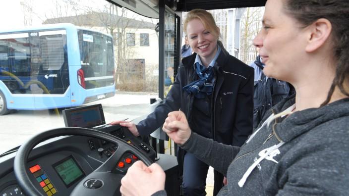 Equal Pay Day: In Bussen ist nur jeder zwanzigste Mitarbeiter hinter dem Steuer eine Fahrerin.