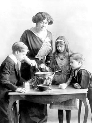 Kochende Familie