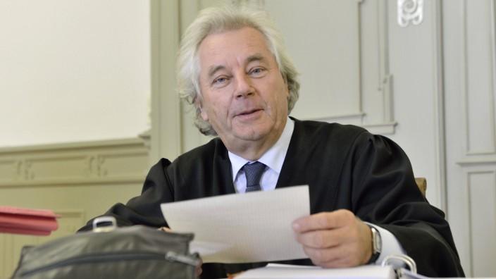 Hartmut Wächtler vertritt als Rechtsanwalt viele Mandanten aus der linken Szene.