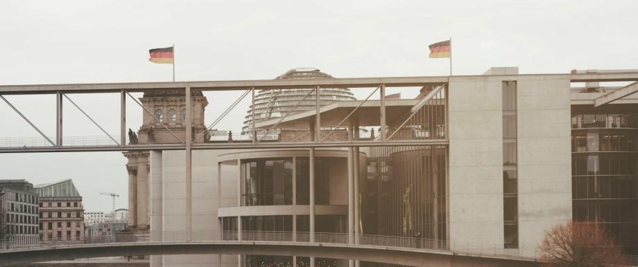 Regierungsviertel in Berlin: Die Bundesregierung hat sich im Koalitionsvertrag für die Legislaturperiode bis 2021 viel vorgenommen.