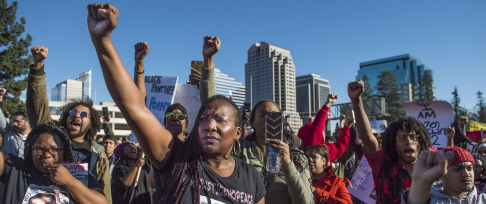 Polizei erschießt Schwarzen in Sacramento