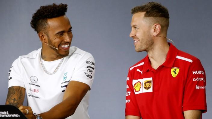Sebastian Vettel und Lewis Hamilton vor der Formel-1-Saison 2018.