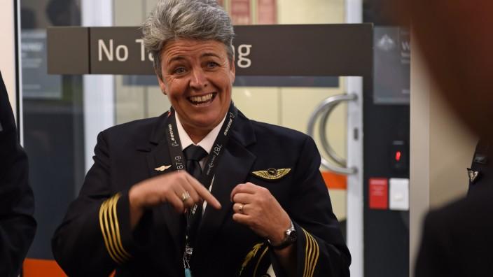 Qantas captain Lisa Norman