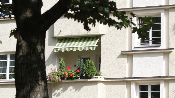 Sanierte Gewofag Wohnanlage aus den 1920er Jahren in München, 2014