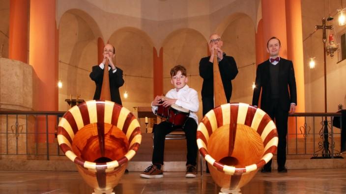 Konzert für Alphörner und Orgel; Benefizkonzert in St. Pius