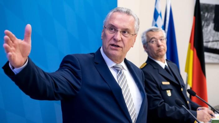Kriminalstatistik Bayern 2017: Innenminister Joachim Herrmann stellt in München die aktuellen Zahlen vor.