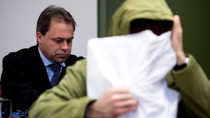Emrah T. vor Gericht: Prozess um Vergewaltigung an der Isar in München