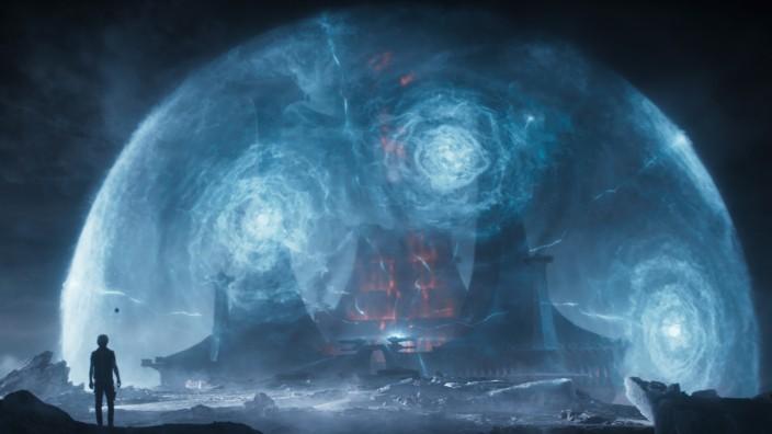 """""""Ready Player One"""" im Kino: Die Zukunft sieht düster aus im Film """"Ready Player One"""", deshalb flüchten die Protagonisten in ein Virtual-Reality-Computerspiel namens """"Oasis""""."""