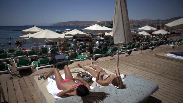Israel: Touristen mögen die Strände vor allem im Winter, die Temperatur fällt hier selten unter 20 Grad.
