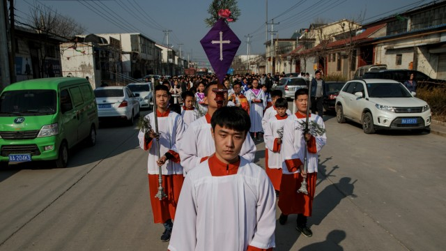 The Wider Image: Vatican deal a new trial for a Catholic village in China