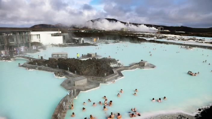 Daily Life In Reykjavik