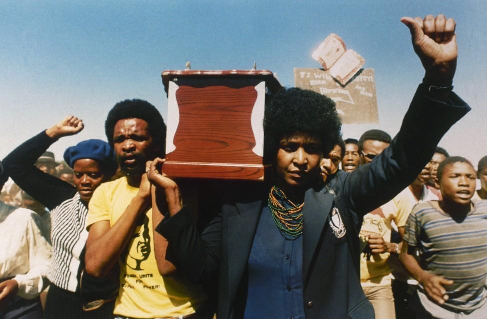 Ex-Frau von Anti-Apartheidskämpfer Nelson Mandela gestorben