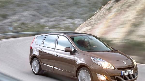 Renault Grand Scénic: Ein erfreulicher Anblick, auf unseren Straßen aber - noch - viel zu selten zu sehen: Renault Grand Scénic