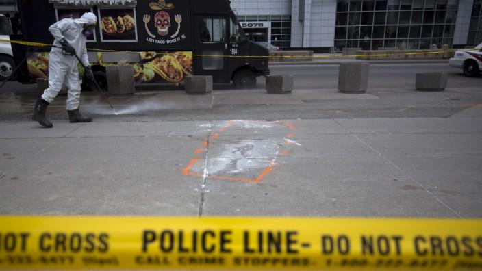 10 Killed After Rental Van Plows Into Pedestrians On Toronto Street