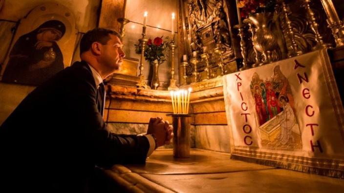 Markus Söder und das Kreuz: Die CSU und die Kirche.