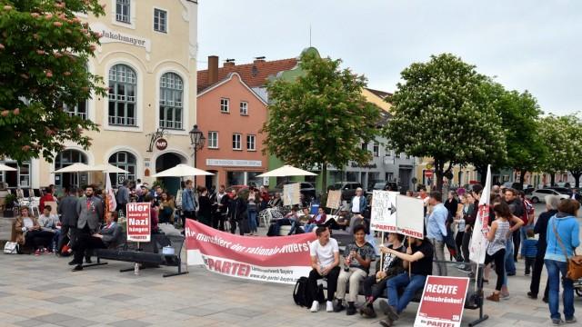 """Protest: Sie demonstrierten unter dem Motto: """"Wir sind der rationale Widerstand""""."""