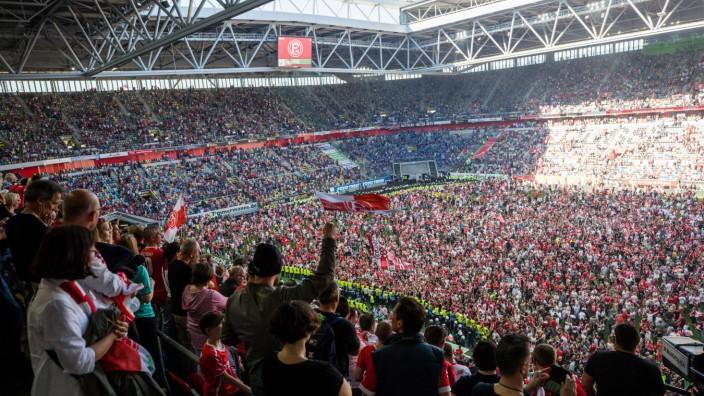 Fortuna Duesseldorf v Holstein Kiel - Second Bundesliga