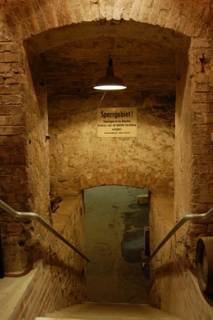 Städtereise: Betreten verboten: Die Kanalisation einte die getrennte Stadt.