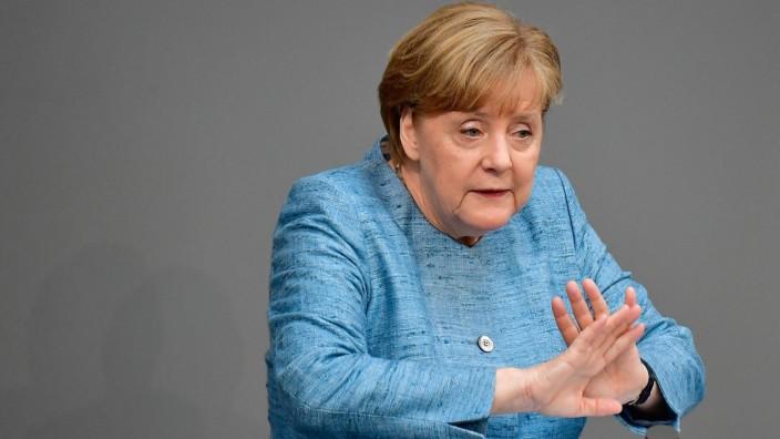 Bundeskanzlerin Angela Merkel (CDU) bei einer Rede im Deutschen Bundestag.