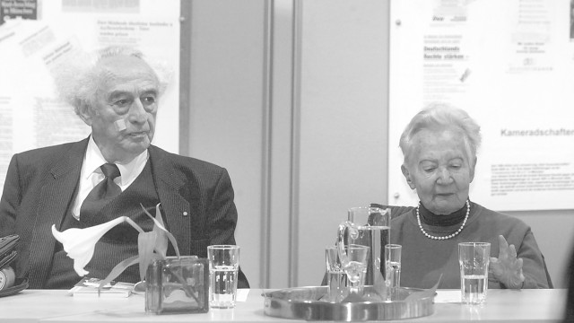 Marie-Luise Schultze-Jahn: Marie-Luise Schultze-Jahn diskutierte mit dem Zeitzeugen Max Mannheimer.