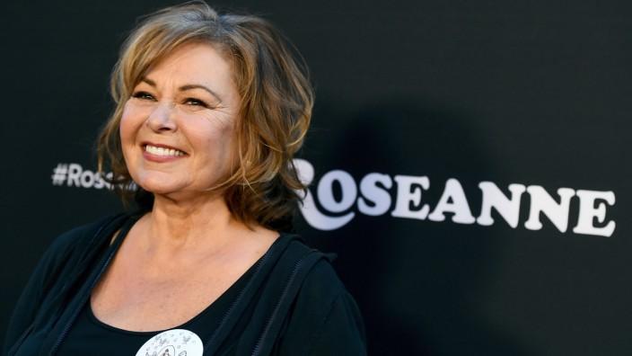 """Roseanne Barr im März 2018 bei der Premiere der neuen Staffel """"Roseanne"""" - nach einem rassistischem Tweet der Schauspielerin setzte Sender ABC die TV-Serie zwei Monate später ab."""