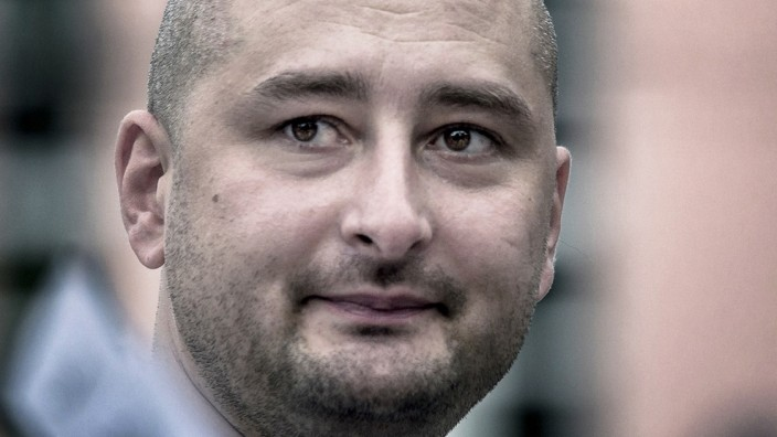 Der russische Journalist Arkadi Babtschenko wurde im Mai 2018 in seiner Wohnung in Kiew erschossen.