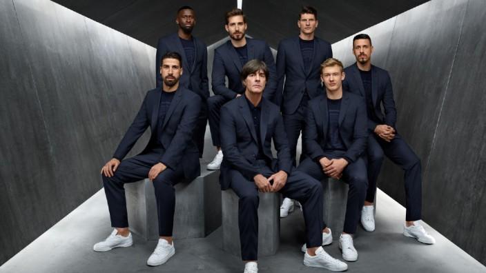 Fußballnationalmannschaft in Hugo Boss