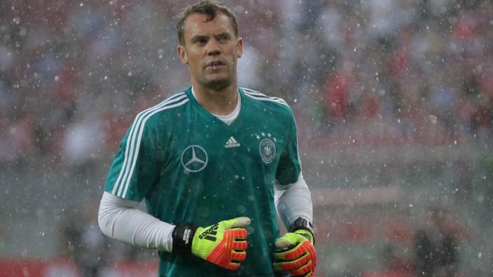Manuel Neuer 2018 vor dem Spiel Deutschland gegen Österreich