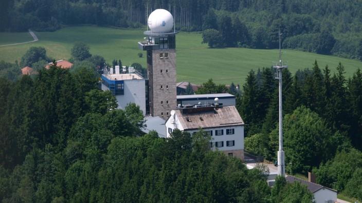 Hohenpeißenberg: Katholische Kirche / Wetterstation / Meteorologisches Observatorium
