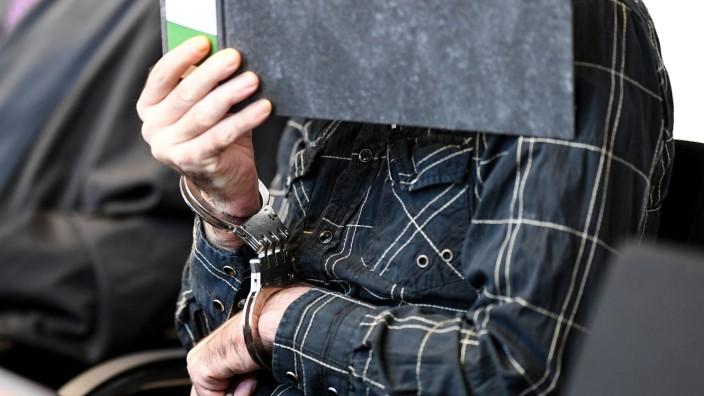 Missbrauchsfall Freiburg - Prozess gegen Schweizer