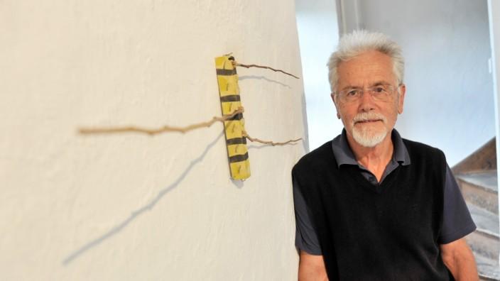 Dießen: Taubenturm Ausstellung ' Endlos' von  Gerald Strasser