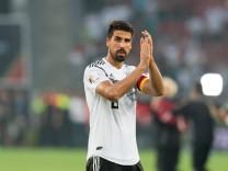 Leverkusen Germany 08 05 2018 Freundschaftsspiele Deutschland Saudi Arabien Sami Khedira DEU; Keine echte Freude: Sami Khedira nach dem Spiel gegen Saudi-Arabien