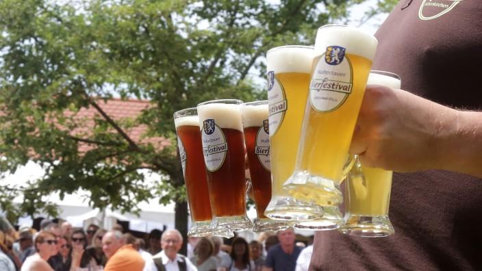 Attenkirchen: Nach der Corona-Zwangspause im vergangenen Jahr soll das Hallertauer Bierfestival 2022 wieder stattfinden (Archivbild).