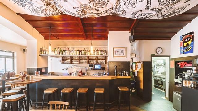 Das Steinheil 16 ist ein Schnitzel-Restaurant