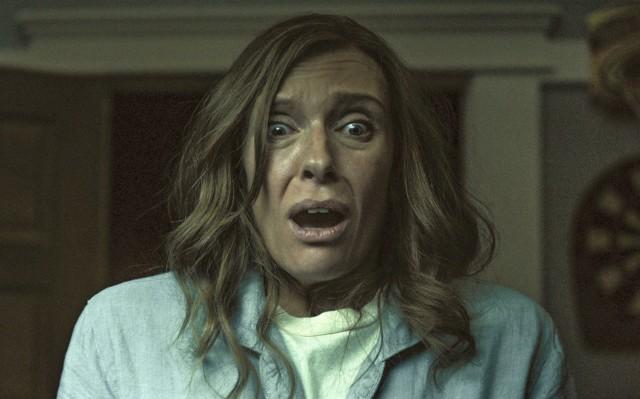 """Toni Collette schreit vor Angst im Kinofilm """"Hereditary - Das Vermächtnis"""""""